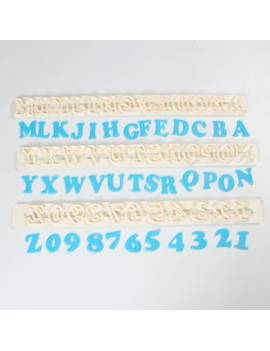 Emporte-pièce Alphabet et Chiffre 2cm