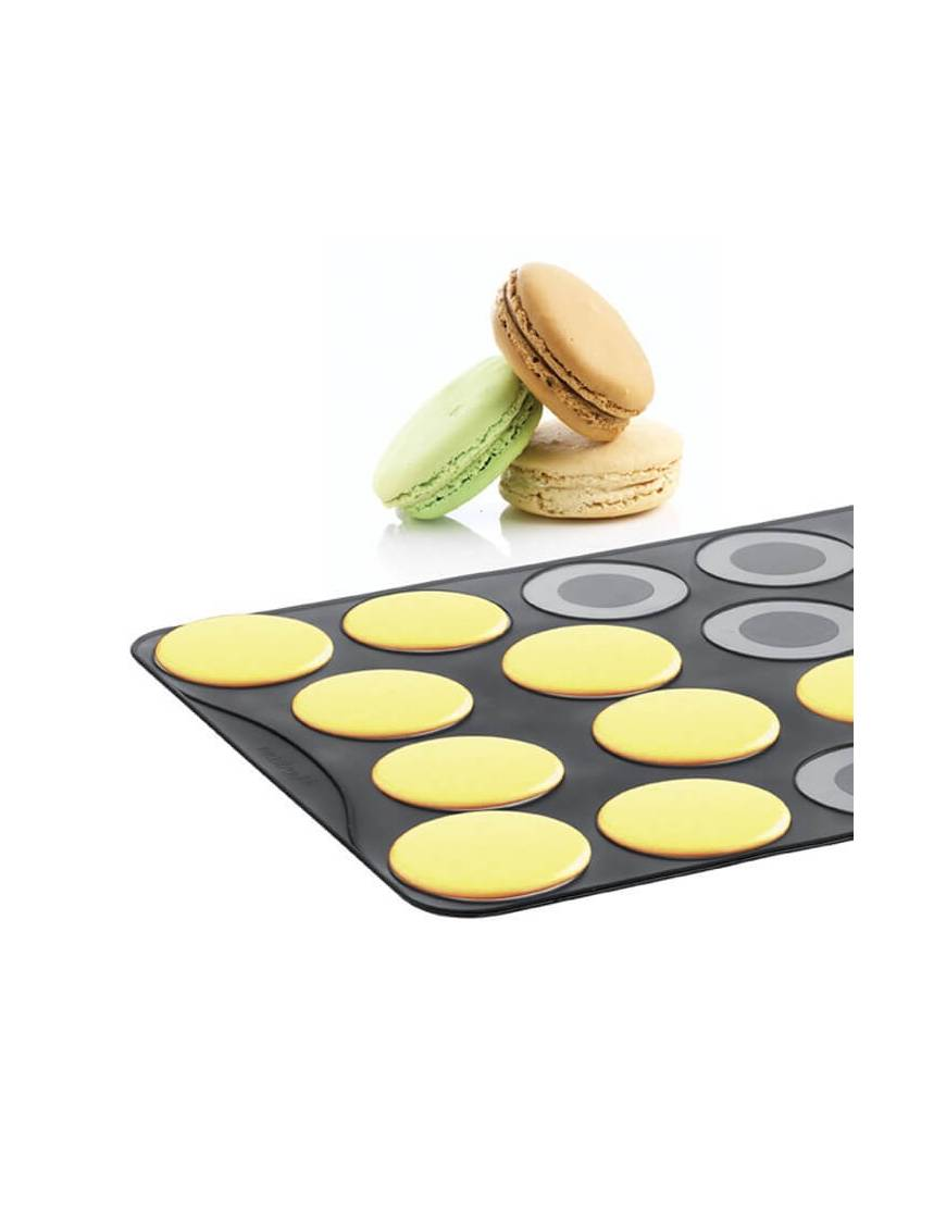 Plaque en silicone pour 18 grands macarons