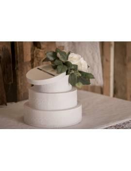 Tirelire en forme de gâteaux à trois étages